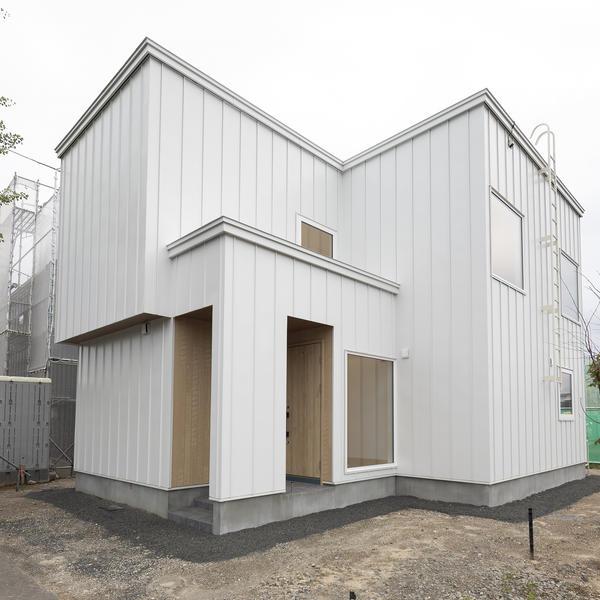 札幌市清田区里塚緑ヶ丘5丁目8にてビルトインガレージのモデルハウスを公開