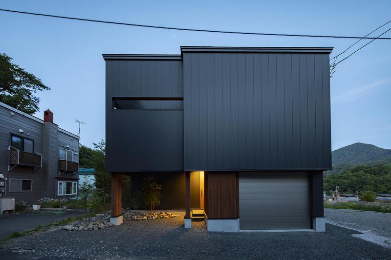 FUTAGOYAMA-MODEL  HOUSE